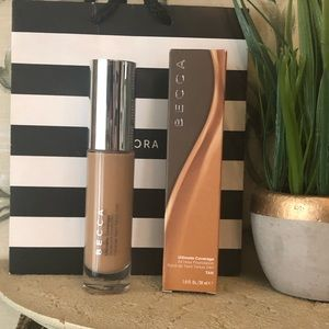 New! Becca Ultimate Coverage 24hr foundation